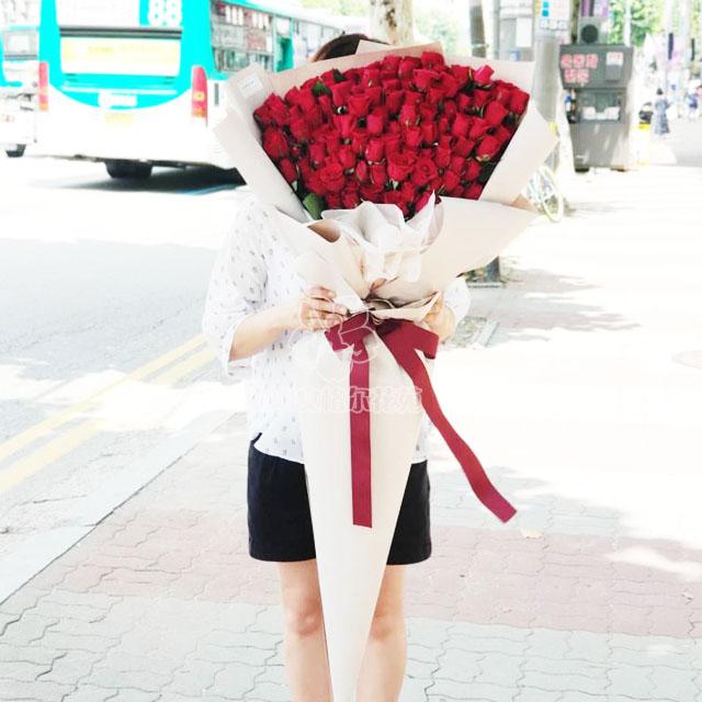 天长地久(99朵玫瑰)